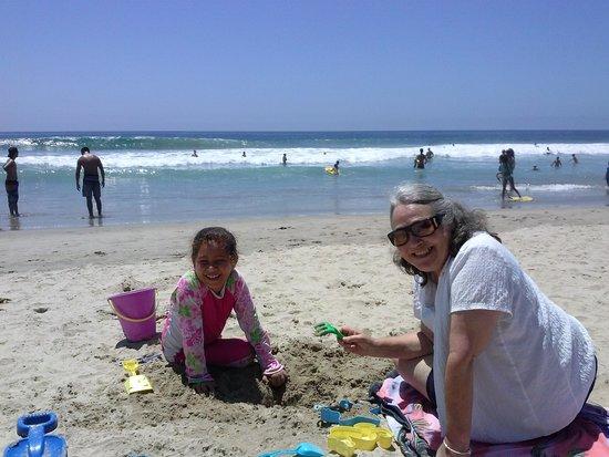 Best Western Plus Newport Beach Inn: Beach Play