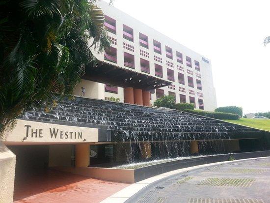 The Westin Resort & Spa, Puerto Vallarta : Front Entrance