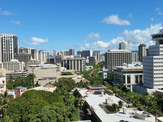 Outrigger Waikiki Beach Resort : City View from room balcony