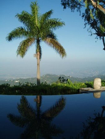 Strawberry Hill: View from Infinity Pool