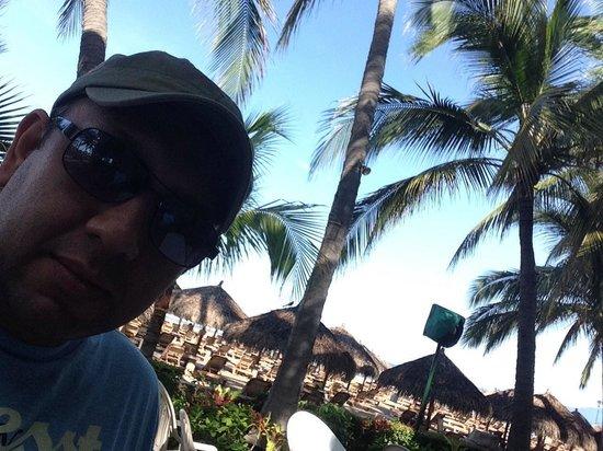 Paradise Village Beach Resort & Spa: Súper agusto en área del restaurante JCVC