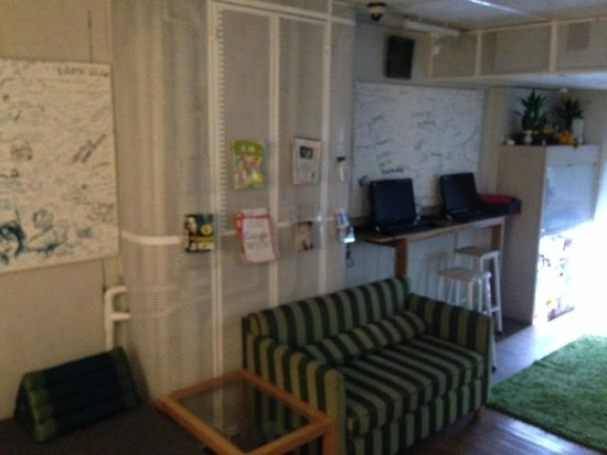 Boxpackers Hostel : Common Area @ 1st Sty