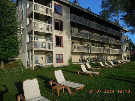 Condominiums O'berge Du Village : Bloc  A face au Lac