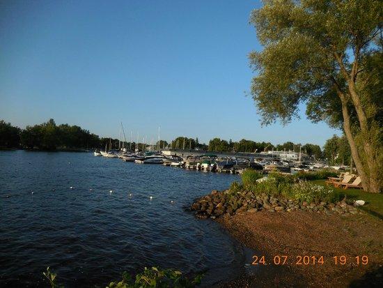 Condominiums O'berge Du Village : Vue de la Marina