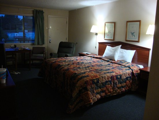 Family Budget Inn Harrison: big room