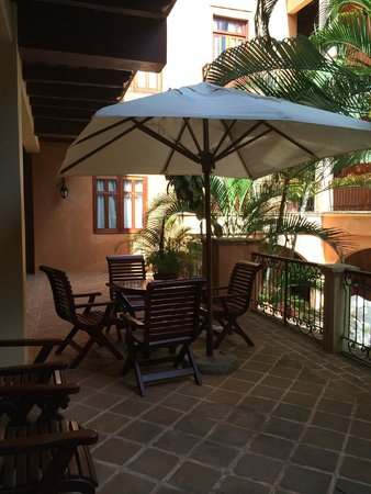 Boutique Hotel Palacio: Area outside of guest rooms for gathering and relaxing