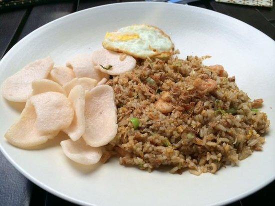 Cafe Batu Jimbar: Nasi Goreng w/ shrimp
