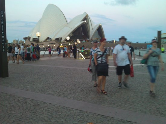 Sydney Opera House: вид с берега