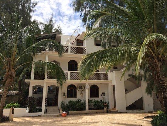 Zanzibar Watersports: Zanzibar water sports accomodation option at Kendwa rocks
