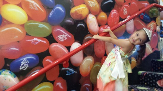 Jelly Belly Factory Tour: My little miss petite Queen Vacaville 2014 touring around jelly belly