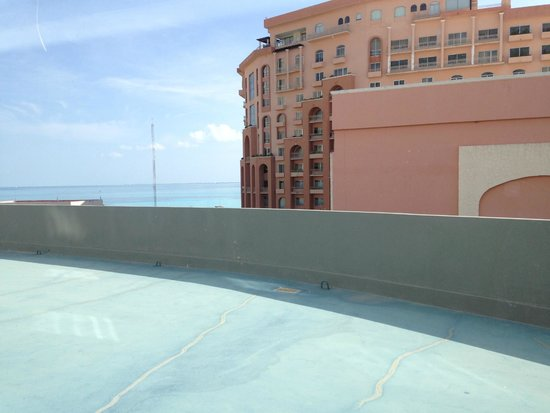 Aloft Cancun: Not the best view from the 4th floor
