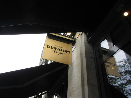 Dishoom Covent Garden : As you can see, Dishoom's signage is often only visible if you are looking way-up!