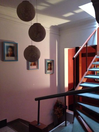 511 Lima Hostel: A view from inside.  They have art everywhere, modern and clean look and feel.