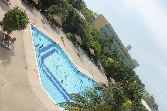 Ramada Belize City Princess Hotel: Piscina