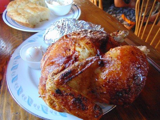 Cowboy Dinner Tree Restaurant: Golden juicy chicken- Yum!!!