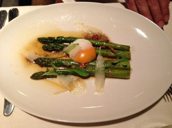 The Point Revolving Restaurant: The Point asparagus