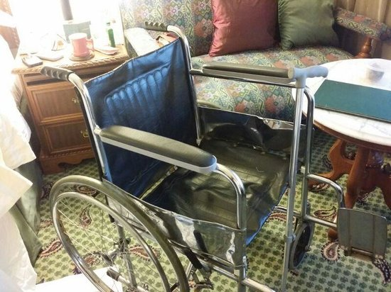 The Oberoi, New Delhi: The wheel chair