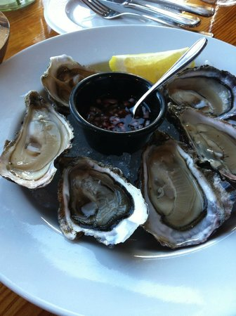 Out of the Blue Seafood: Fresh oysters