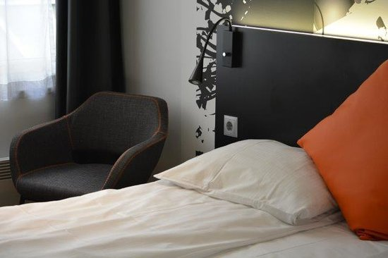 Comfort Hotel Boersparken: comfy clean bedroom