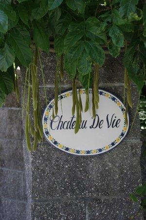 Chateau de Vie : sign