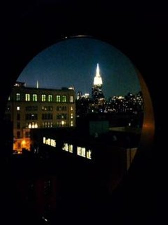Dream Downtown: Night view from our Room!