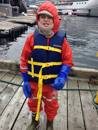 Ketchikan Outdoors: Nice warm clothes provided (and yes it was cold)