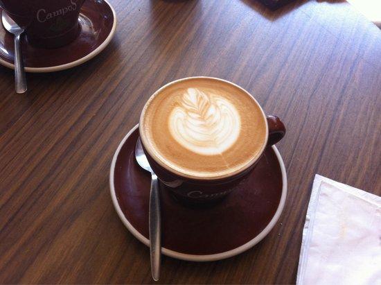 Katipo Coffee House Deluxe: Typische Kaffee. Lecker