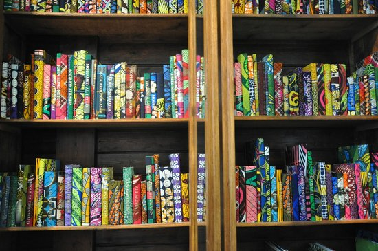 Brighton Museum and Art Gallery : Book collection