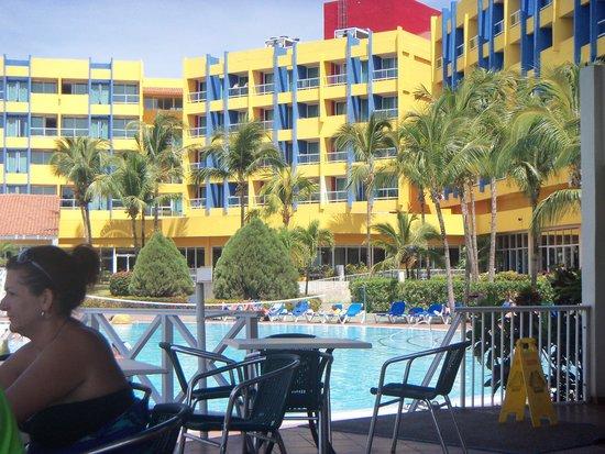 Barceló Solymar Arenas Blancas Resort: desde una de las piletas
