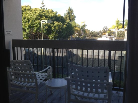 The Sheraton San Diego Hotel & Marina: view from my Lanai building room, much to be desired