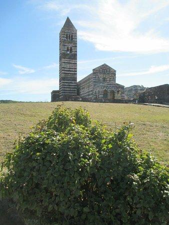 Carlos V Hotel: Basilica of the Santissima Trinita. Romanesque-Pisan Style