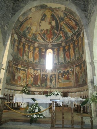 Carlos V Hotel: Basilica of the Santissima Trinita. Interior