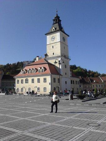 Walkabout Free Tour - Brasov: Big City Plazza