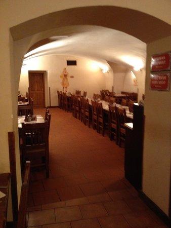 Brewery Hotel U Medvidku: dining area