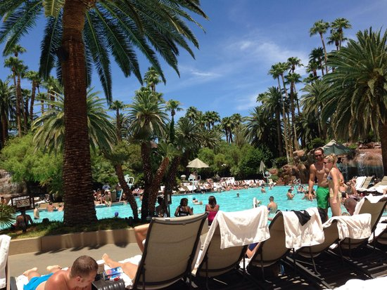 The Mirage Hotel & Casino: Great pool
