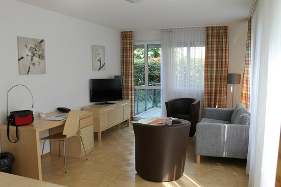 Residenz am Zuckerberg: Le salon avec terrasse au fond