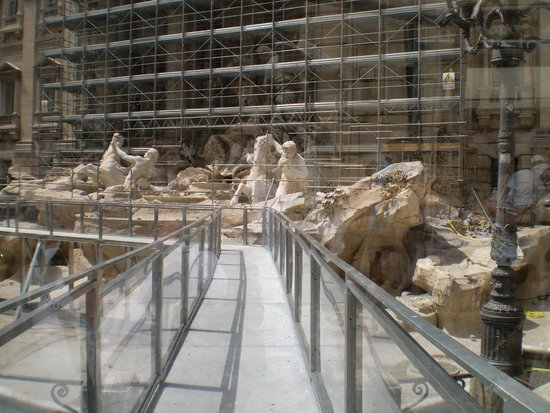 Trevi-Brunnen (Fontana di Trevi): renovations