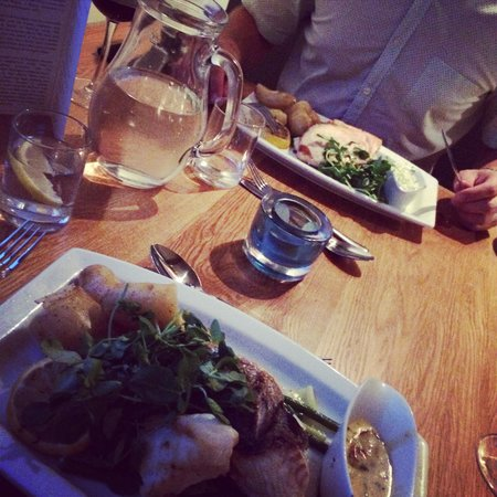 Barnacles Restaurant & Bar Bistro : Delicious food perfect date night