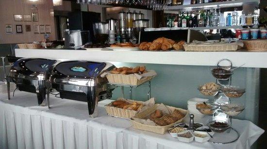 Hotel Danubia Gate Bratislava: Desayuno