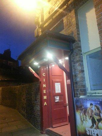 lowest price 1ea37 4a8d2 Palace Cinema Malton  Entrance to Palace Cinema, Malton