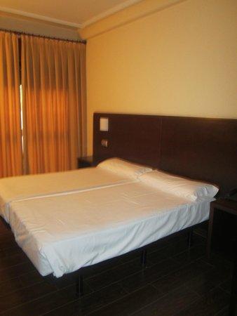 Euba Hotel : Twin beds