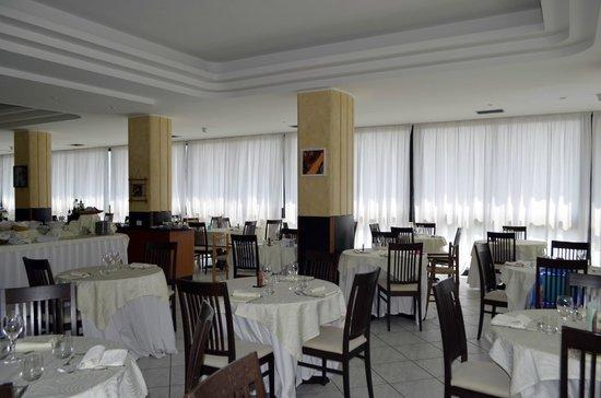 Beach Hotel Apollo : Salaristorante