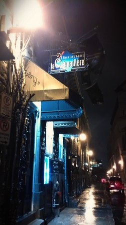 Restaurant La Cremaillere : View from the street