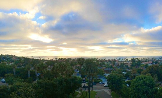 Hotel La Jolla, Curio Collection by Hilton: Lovely view from the 9th floor, ocean view room balcony