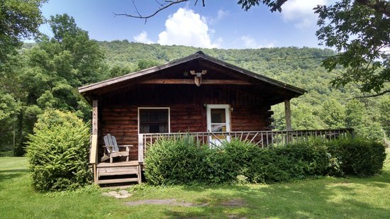 Cold Spring Lodge: Cabin No. 6 - Very peaceful and serene......
