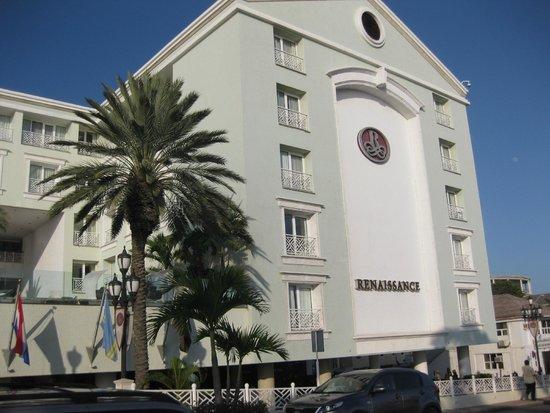 Renaissance Aruba Resort & Casino: The Hotel Itself