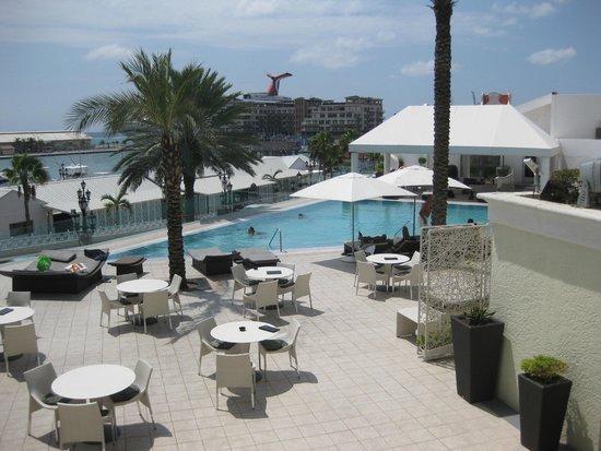Renaissance Aruba Resort & Casino: Hotel Pool