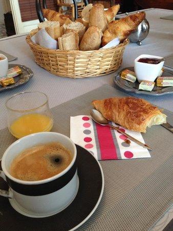 La Rive : petit déjeuner ;)