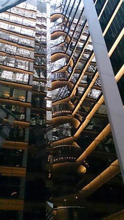 Sofitel Melbourne on Collins: Another atrium view
