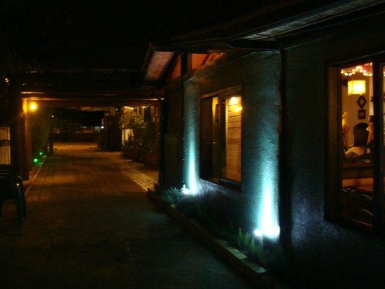 Pedra Ferro Pizza Lounge: e